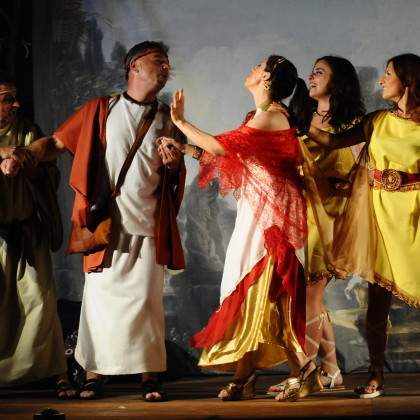 "4 Marzo 2016- Matera- Cine teatro comunale Menaechmi "" due gemelli lucani"""